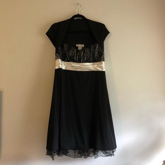 Masquerade Plus Size Black Lace Dress Size 2X ⚫️